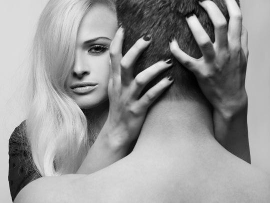 woman_men_find_attractive